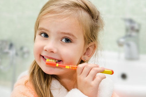 Hands-On Learning Helps Kids Keep Healthy Smiles (video)